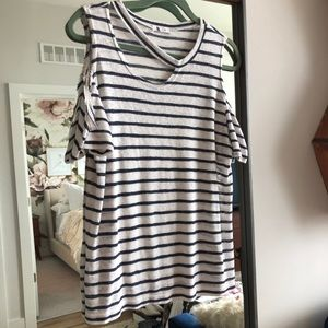 LNA Striped Ripped Tee M